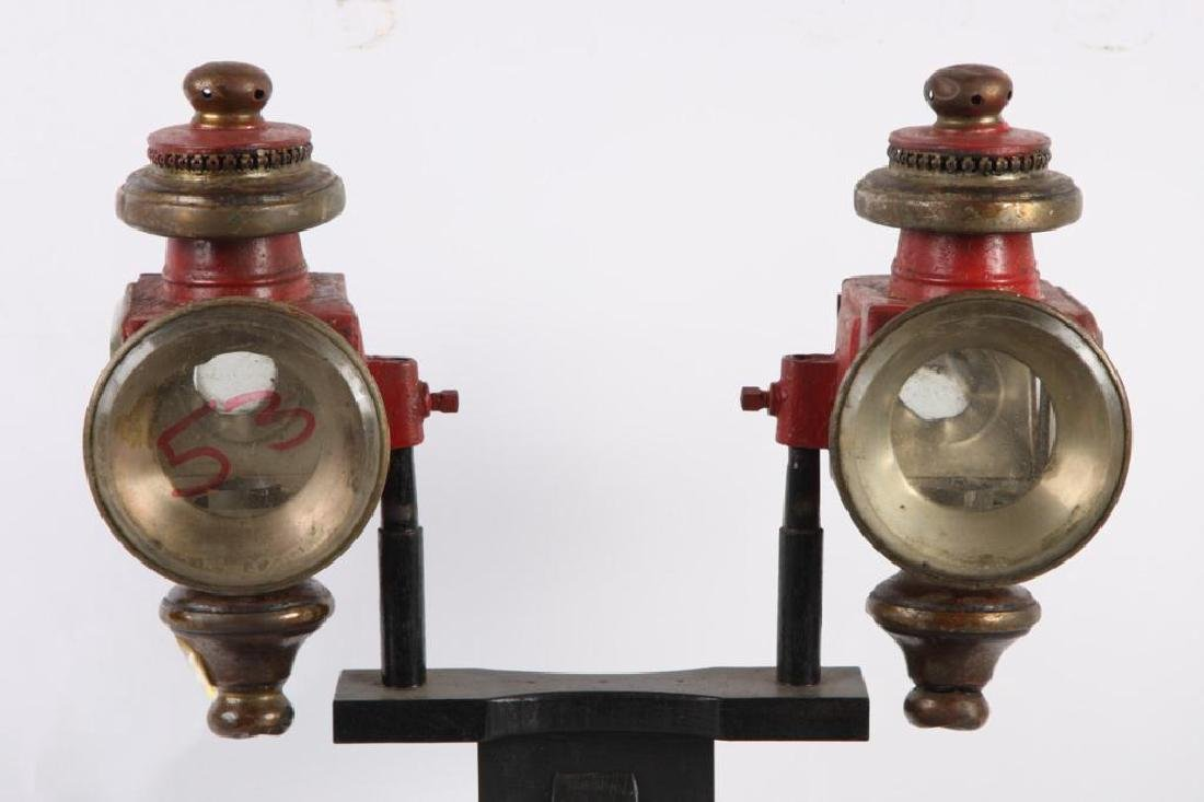 PAIR OF SPORTY CARRIAGE LAMPS