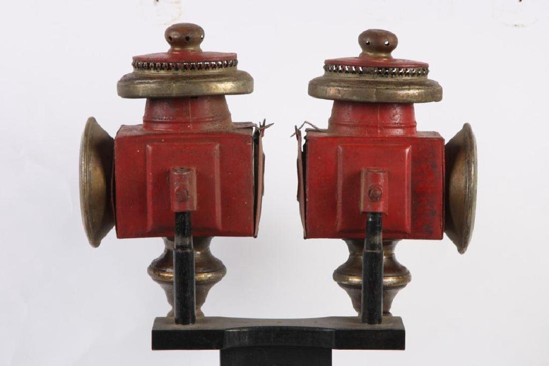 PAIR OF SPORTY CARRIAGE LAMPS - 3