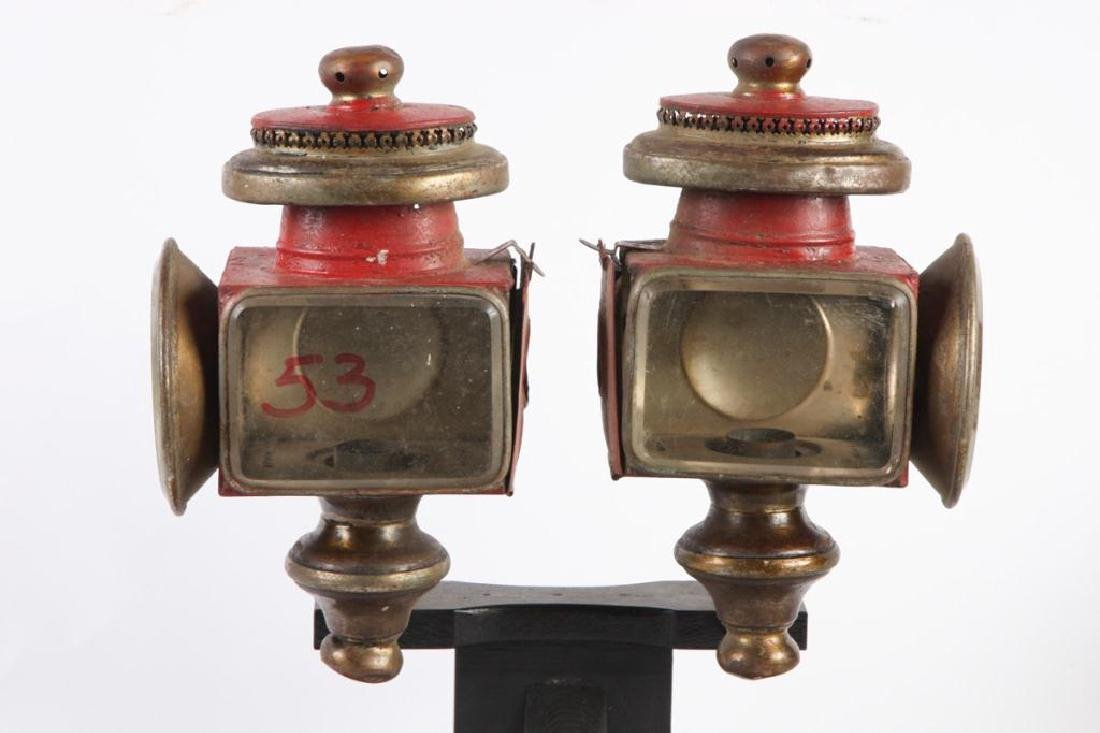 PAIR OF SPORTY CARRIAGE LAMPS - 4
