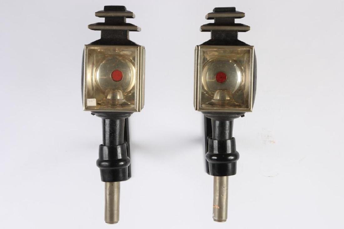 PAIR OF ENGLISH STYLE SQUARE CARRIAGE LAMPS - 3