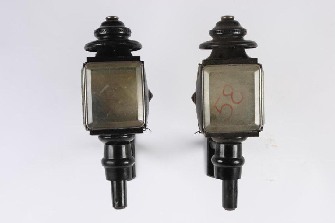 PAIR OF SQUARE CARRIAGE LAMPS