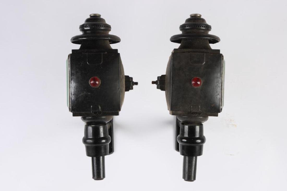 PAIR OF SQUARE CARRIAGE LAMPS - 2