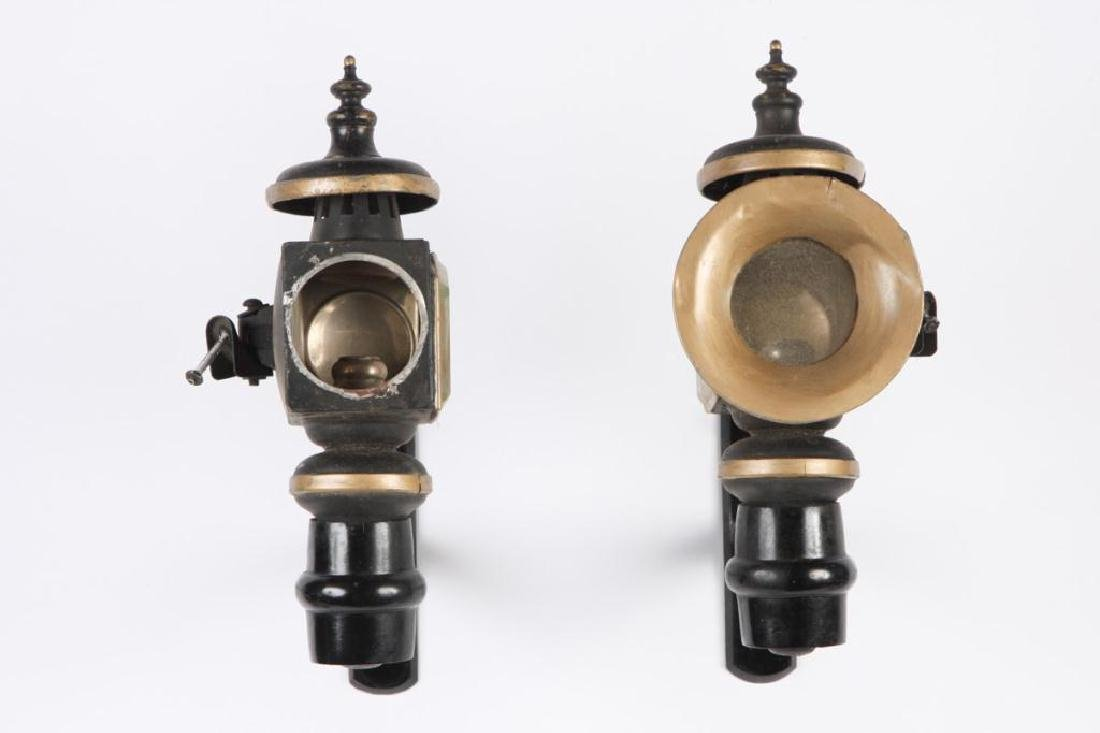 PAIR OF SMALL CANDLE CARRIAGE LAMPS - 3