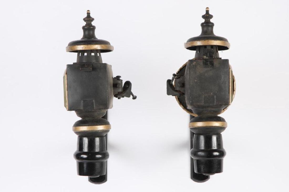 PAIR OF SMALL CANDLE CARRIAGE LAMPS - 5