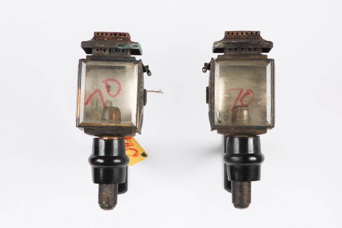 SMALL PAIR OF CANDLE CARRIAGE LAMPS