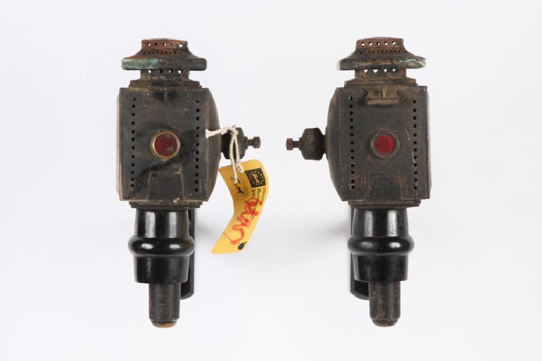 SMALL PAIR OF CANDLE CARRIAGE LAMPS - 2