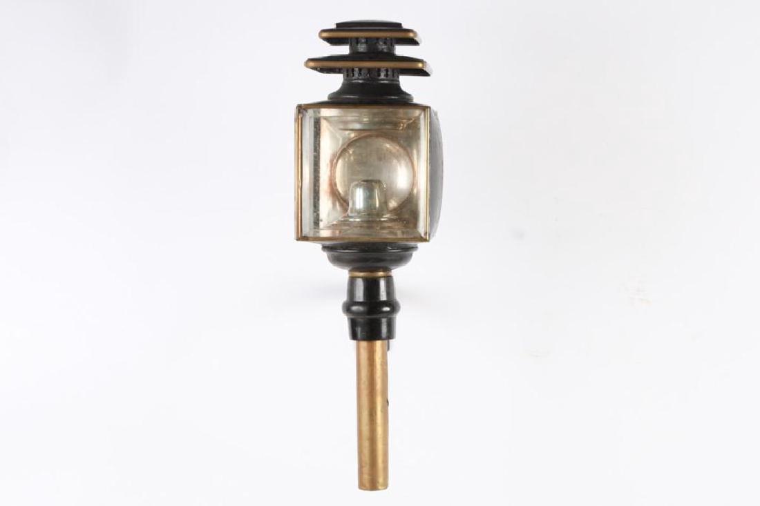 WALDRON CO. SINGLE CARRIAGE LAMP - 3