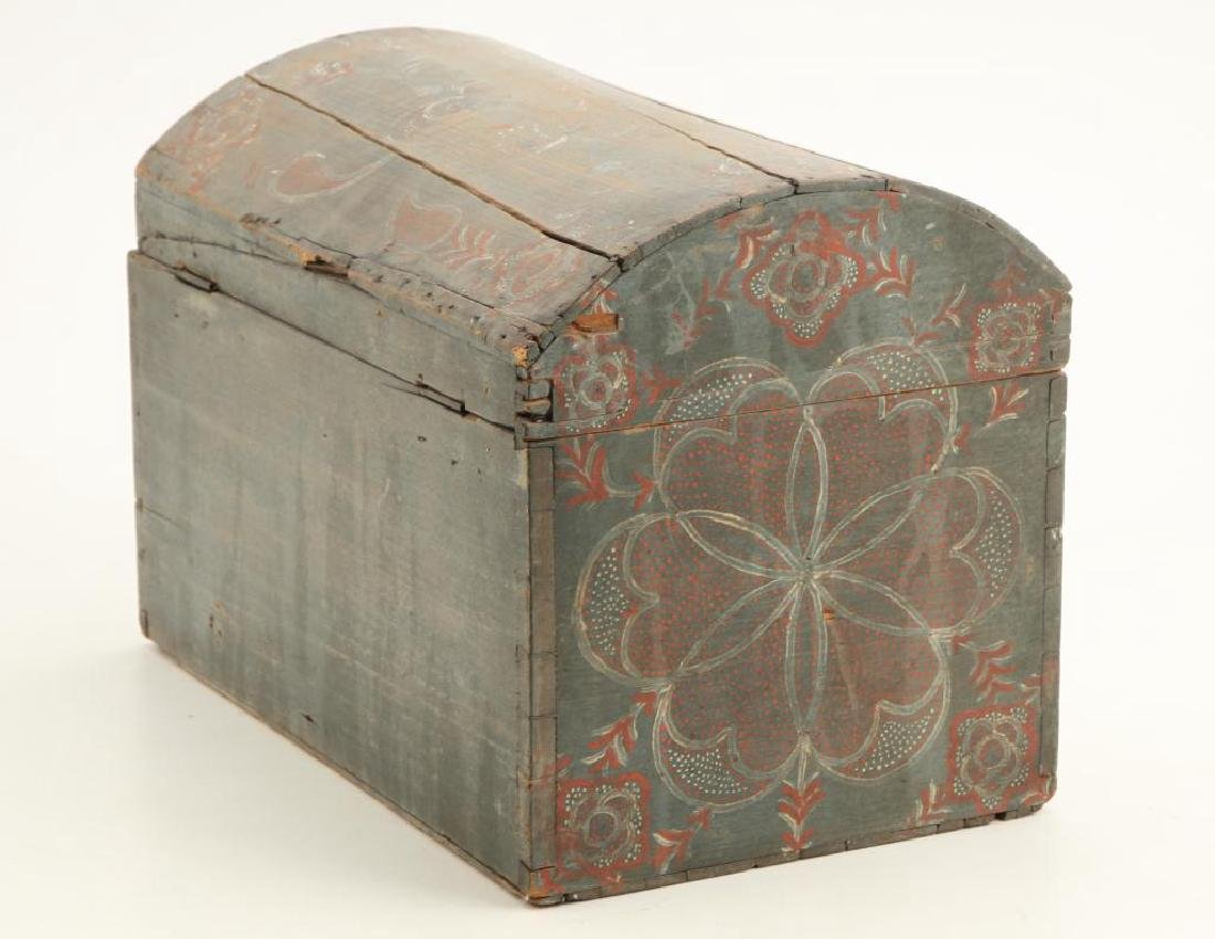 PENNSYLVANIA DUTCH COMPASS DECORATED DOME TOP BOX - 7