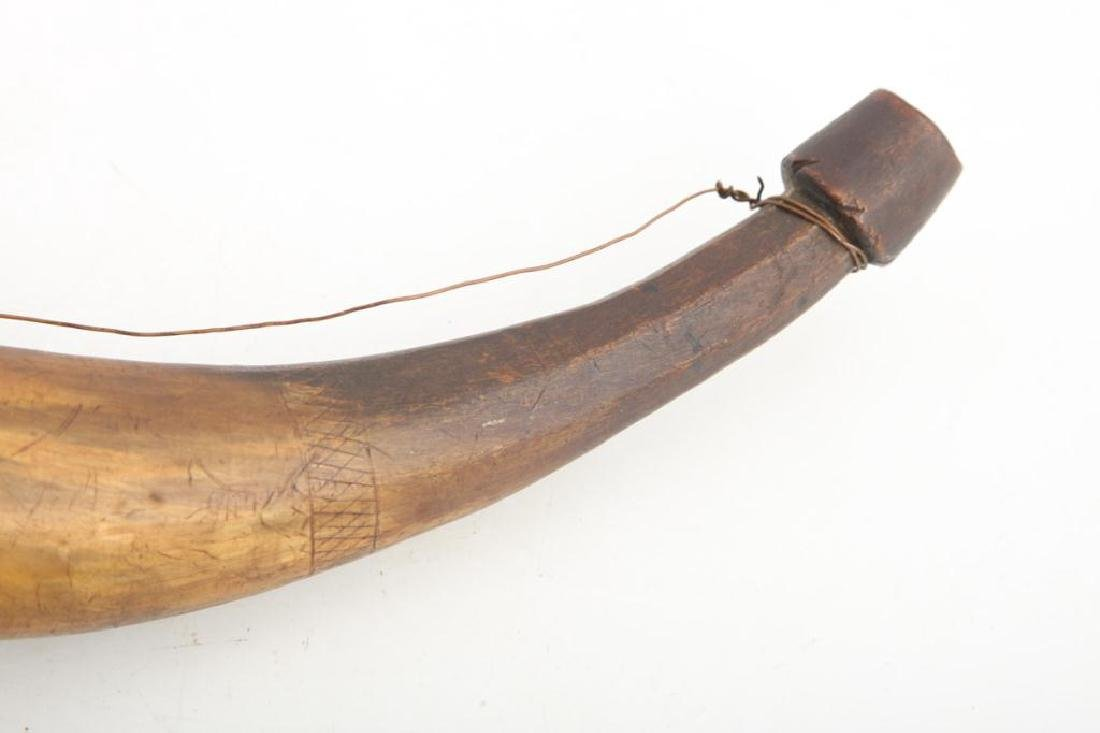 (18th c) POWDER HORN CARVED WITH SHIPS AND BIRDS - 3