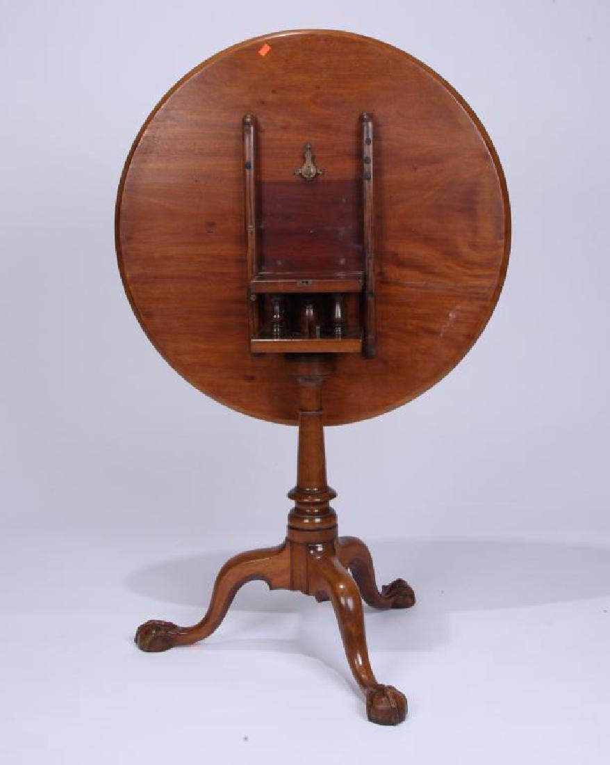 (18th c) AMERICAN CHPPENDALE TEA TABLE - 3