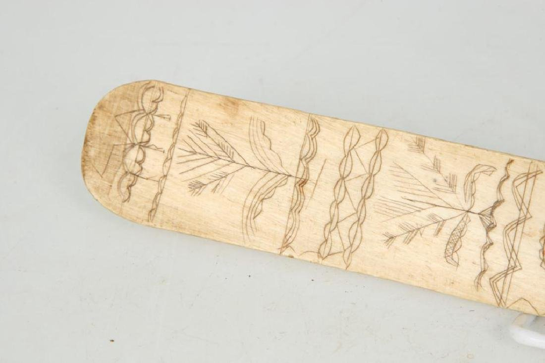 (Early 19th c) SAILOR'S SCRIMSHAW BONE BUSK - 4
