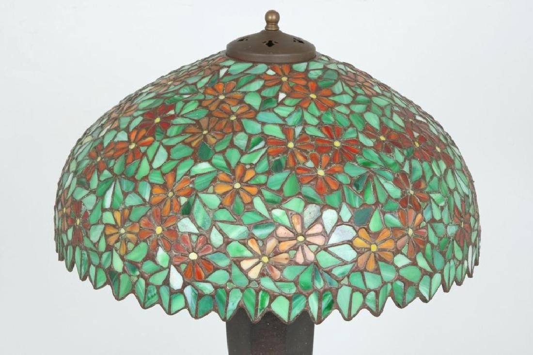 SIGNED HANDEL LEADED GLASS TABLE LAMP - 4