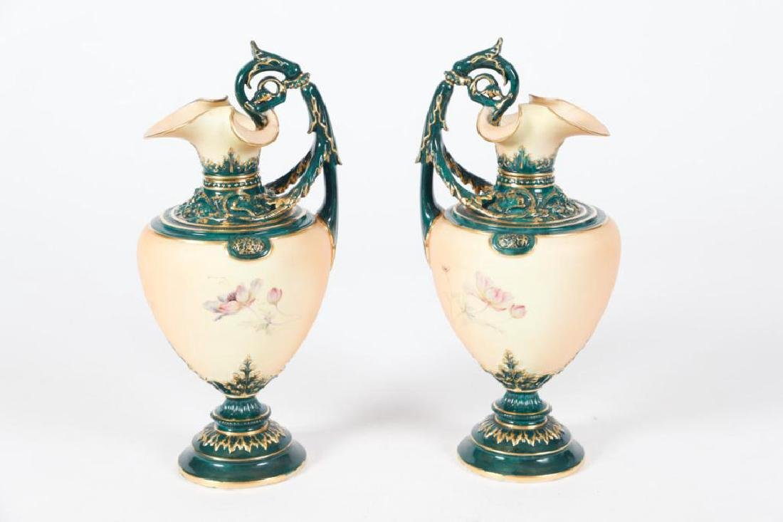RARE AND UNUSUAL PAIR OF ROYAL WORCESTER VASES - 2