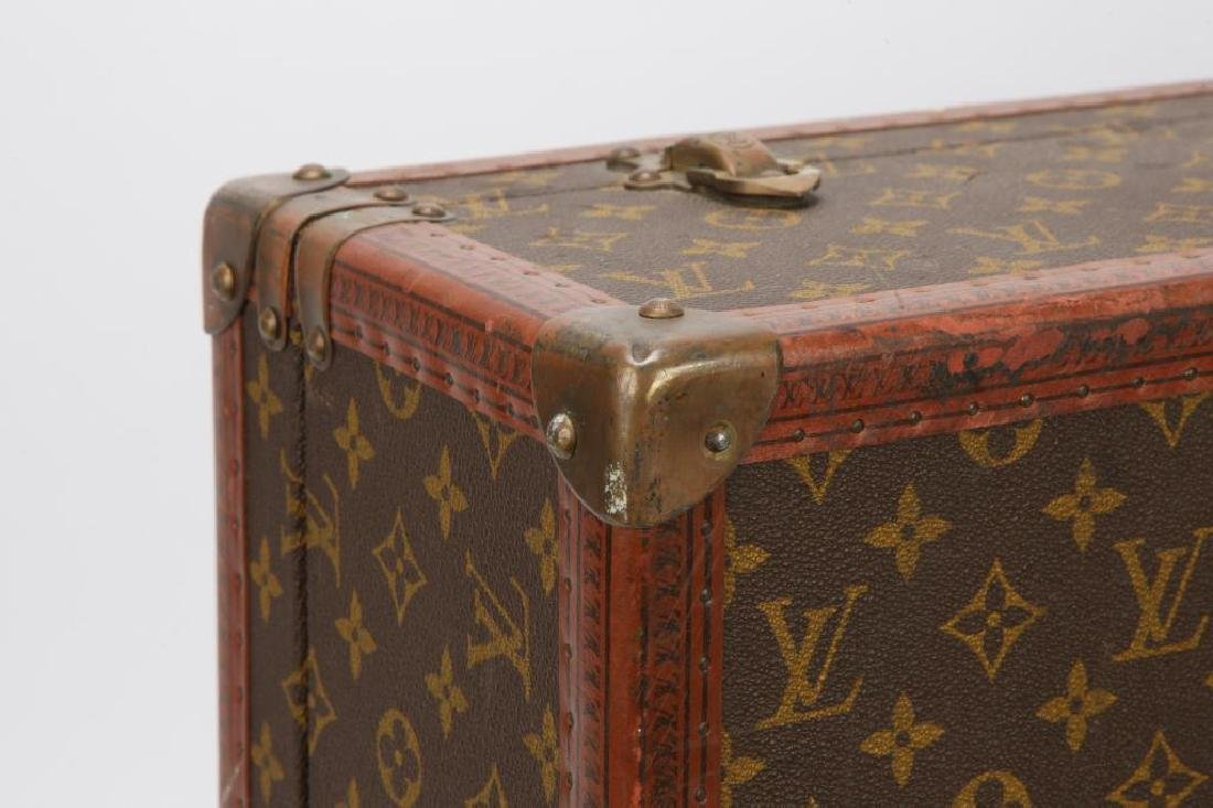 EARLY LOUIS VUITTON SUITCASE - 6