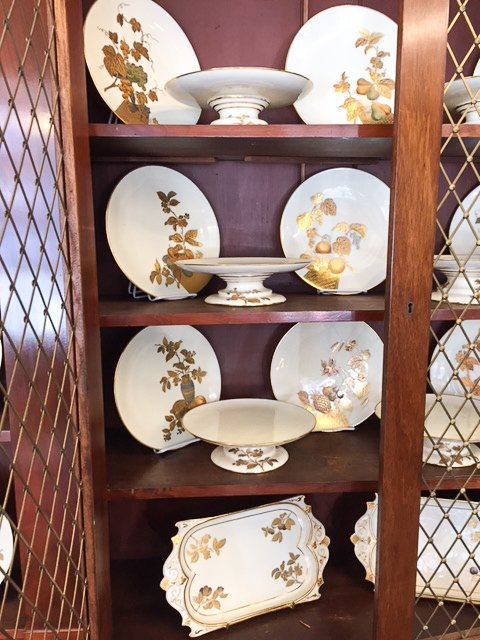 (25) PIECES OF MINTON PORCELAIN DINNERWARE - 7