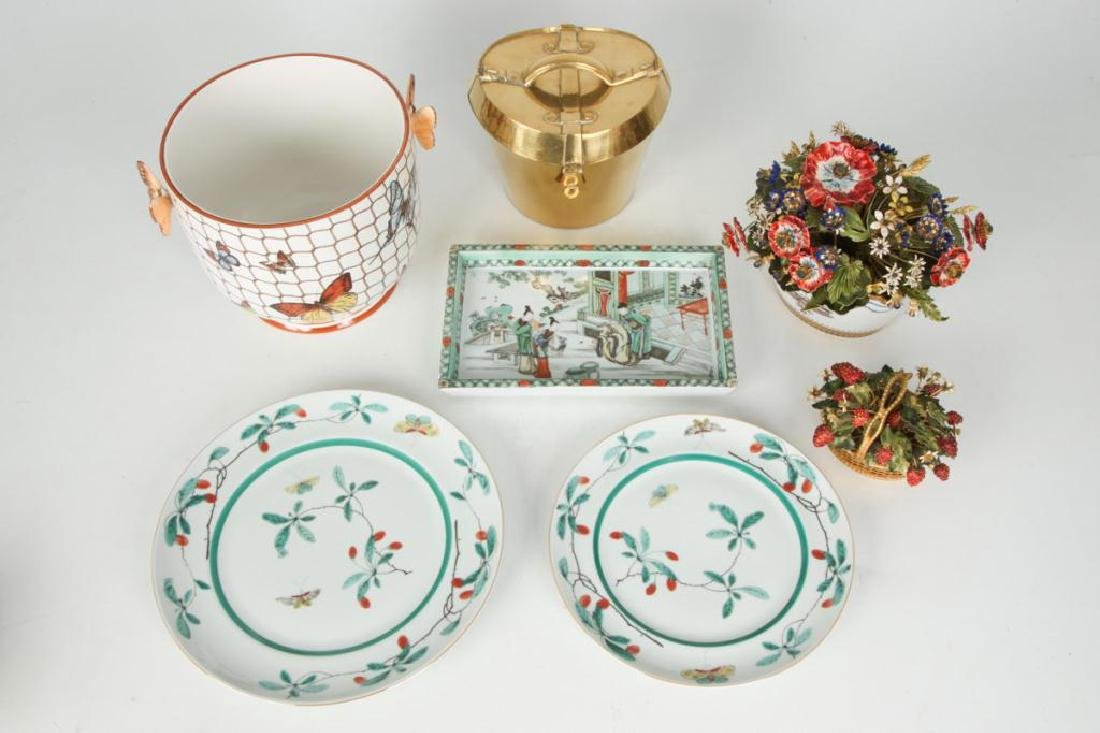 GROUP OF MOTTAHEDEH LUXURY HOME DECOR WARES