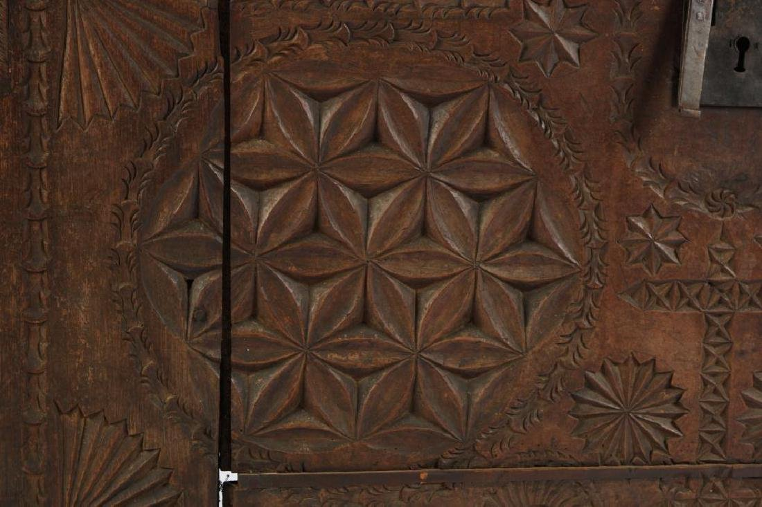 (17th c) SPANISH COLONIAL CHEST - 10