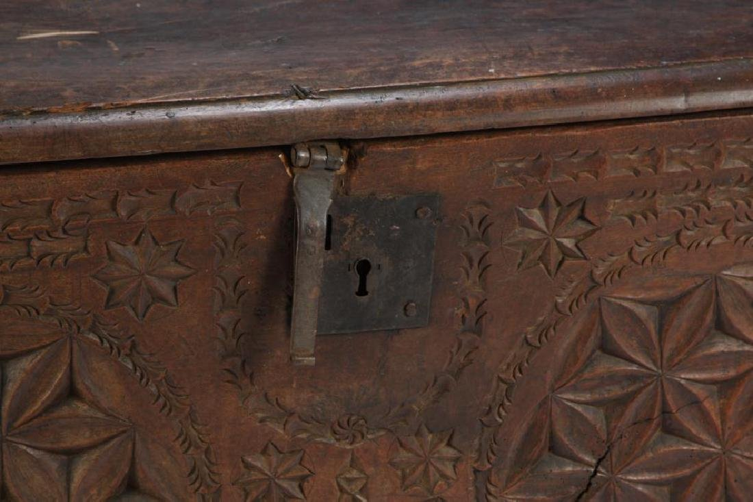 (17th c) SPANISH COLONIAL CHEST - 2