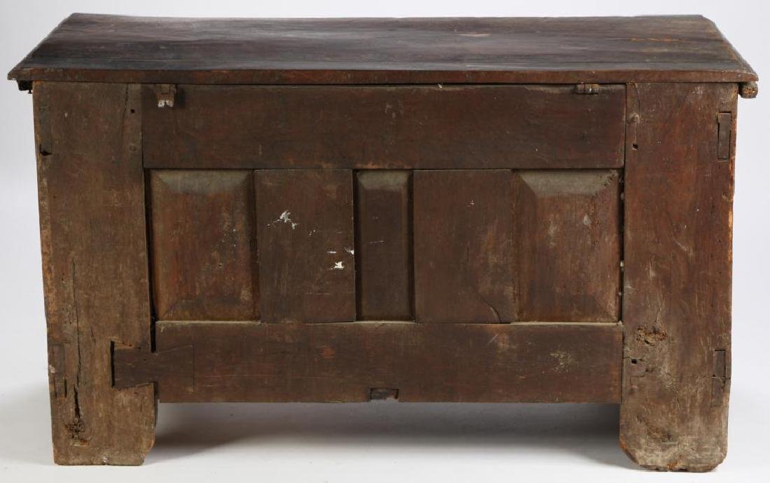 (17th c) SPANISH COLONIAL CHEST - 6