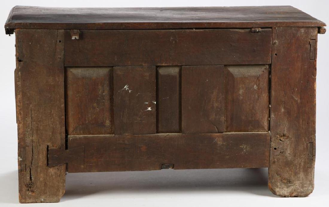 (17th c) SPANISH COLONIAL CHEST - 7