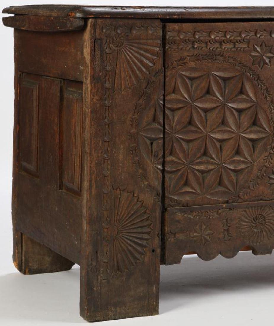 (17th c) SPANISH COLONIAL CHEST - 9
