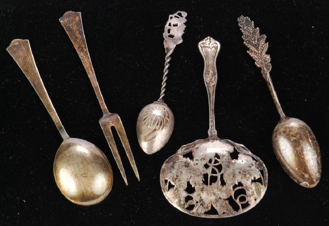 (5) PIECES OF STERLING SILVER / SPOONS AND FORK - 7