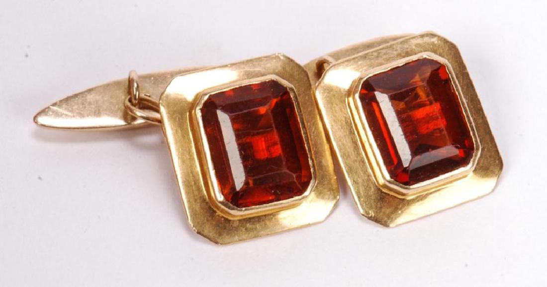 PAIR OF 18K GOLD CUFF LINKS SET w/ YELLOW GARNETS