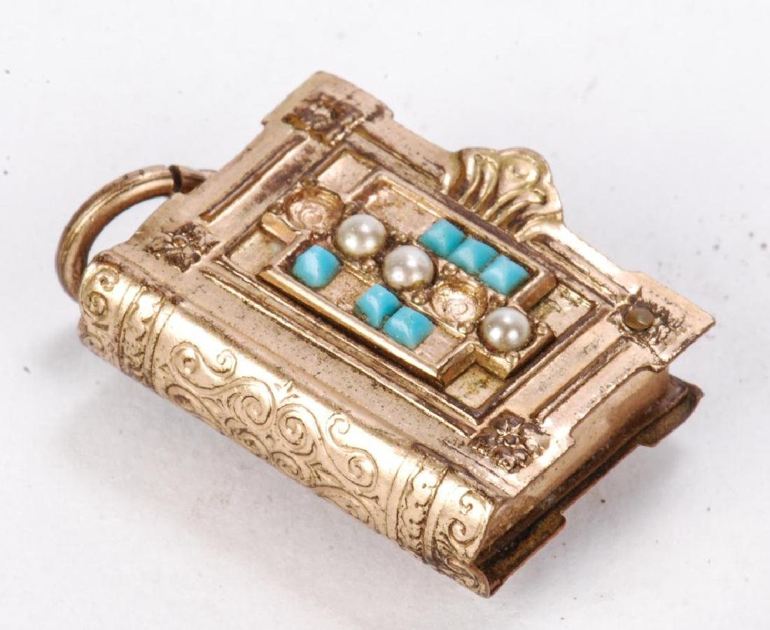 LOT OF JEWELRY AND OTHER KEEPSAKES - 5