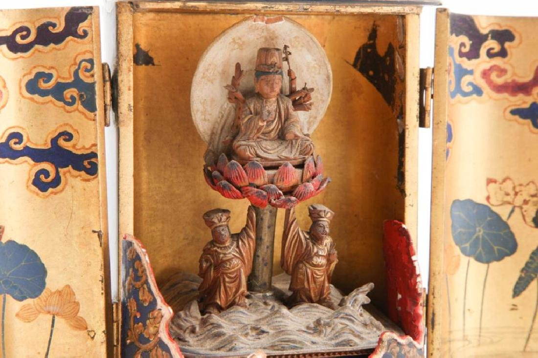 JAPANESE MEIJI PERIOD WOOD BUDDHA IN LACQUER CASE - 7