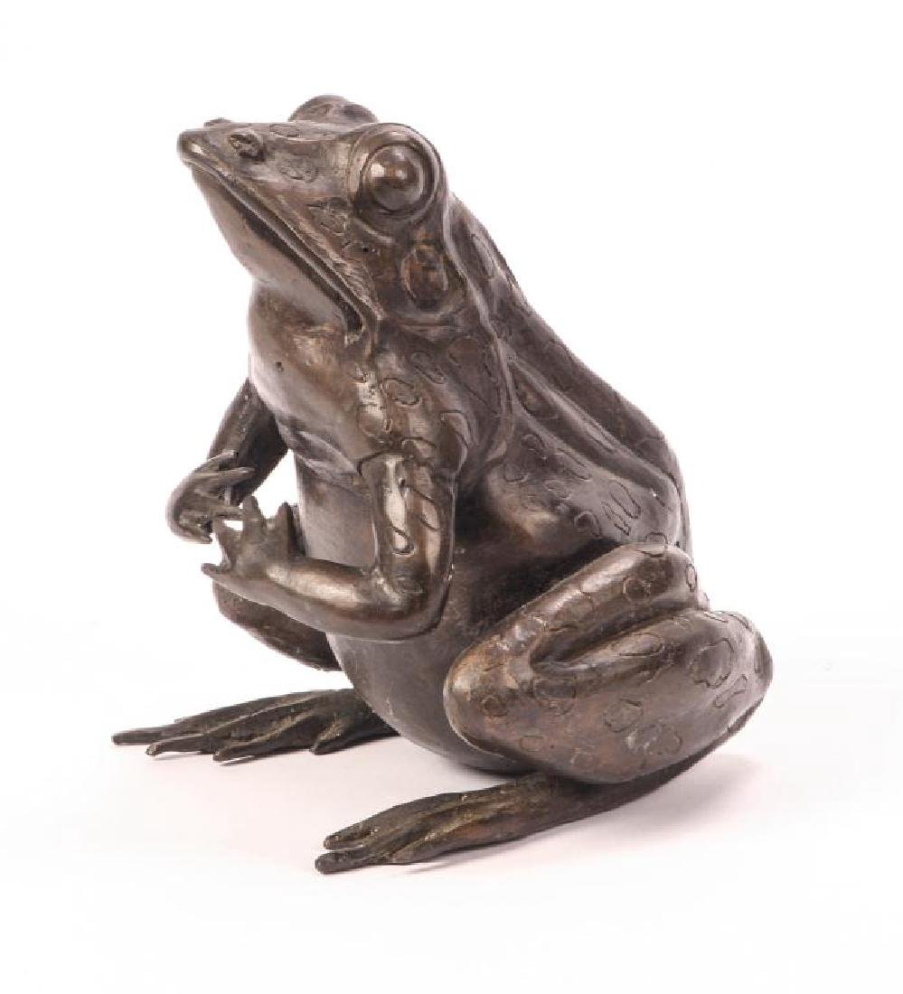 BRONZE FROG SCUPTURE (POSSIBLY ASIAN) - 10