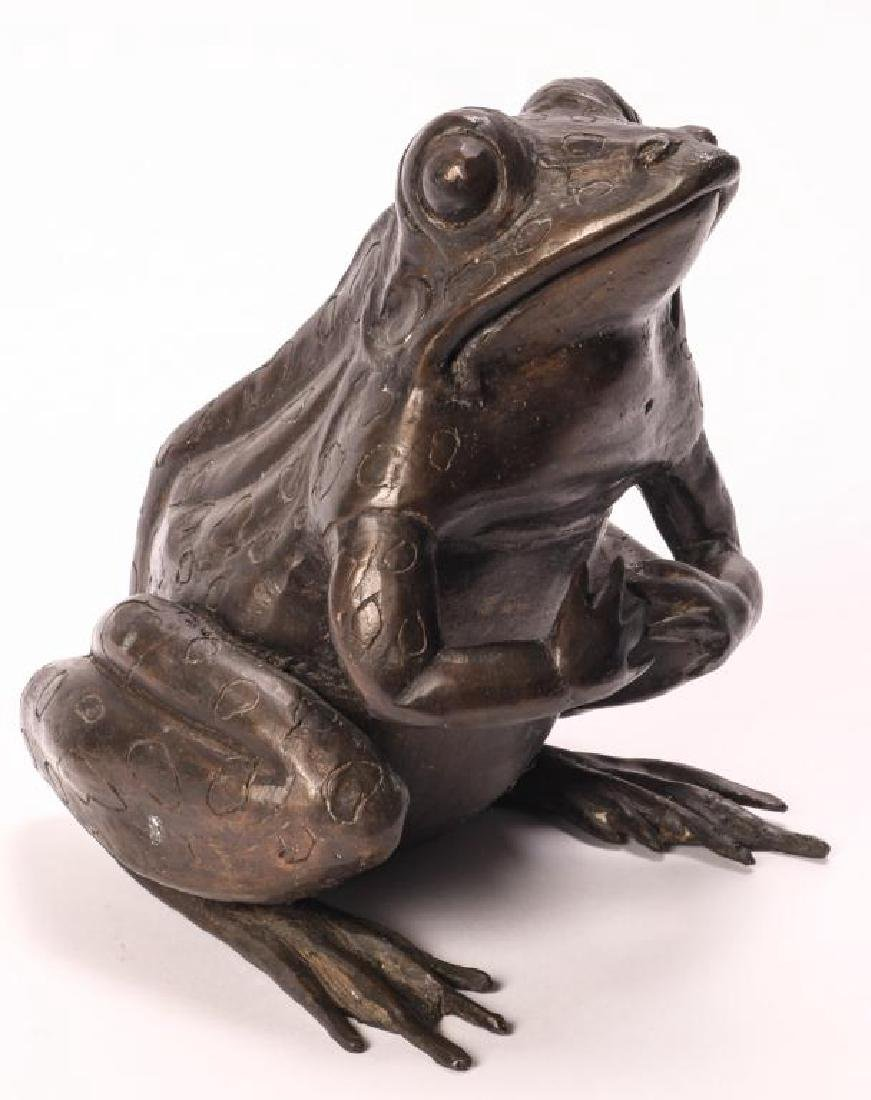 BRONZE FROG SCUPTURE (POSSIBLY ASIAN) - 2