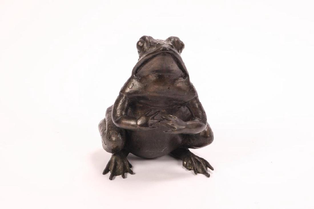 BRONZE FROG SCUPTURE (POSSIBLY ASIAN) - 5
