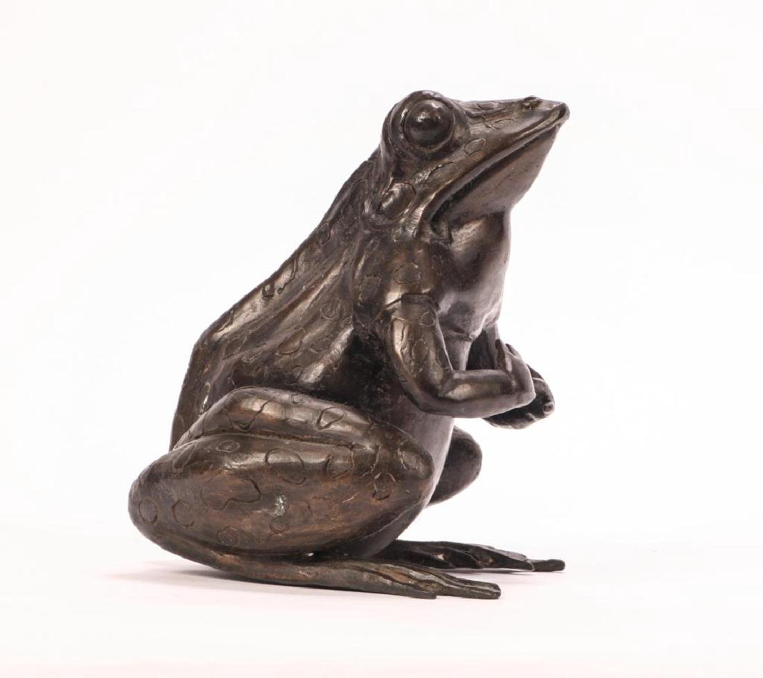 BRONZE FROG SCUPTURE (POSSIBLY ASIAN) - 6