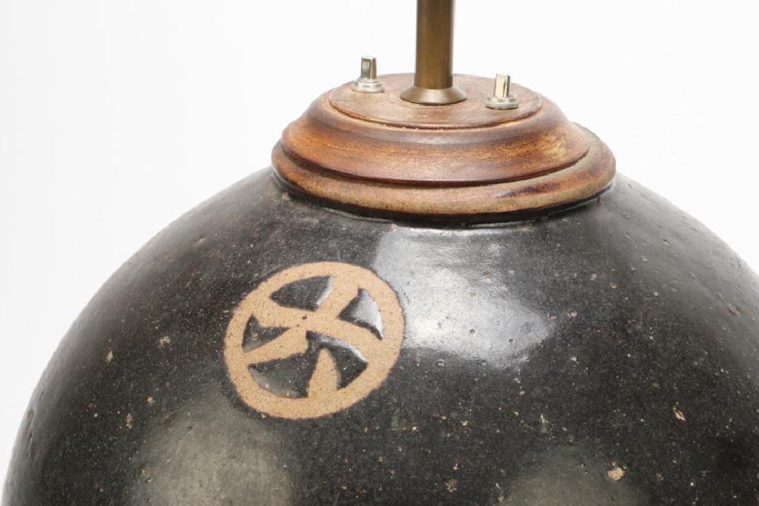 LARGE JAPANESE CERAMIC LAMP - 2