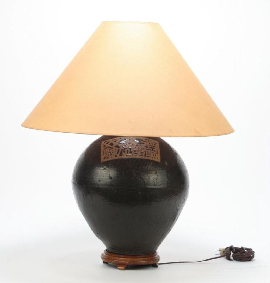 LARGE JAPANESE CERAMIC LAMP - 4