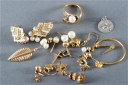 DISCOVERY LOT OF GOLD JEWELRY