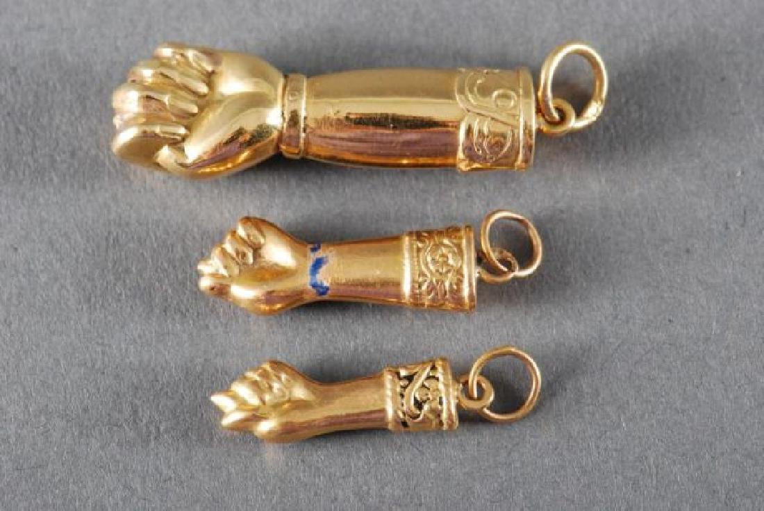 (3) 18K FIGA FISTS and a 14K GOLD PENDANT - 3