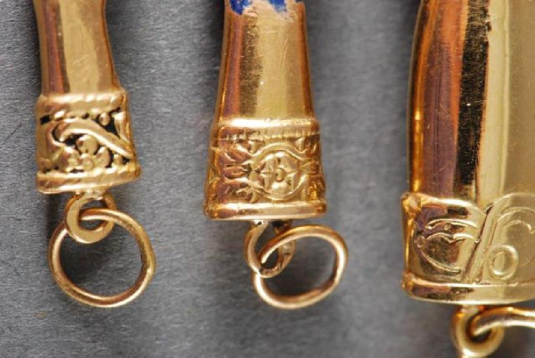 (3) 18K FIGA FISTS and a 14K GOLD PENDANT - 4