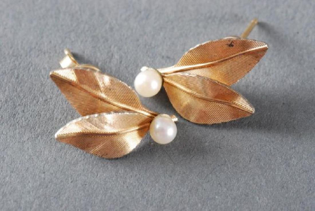 (1) PAIR OF 18K GOLD EARRINGS and (2) OTHERS - 4