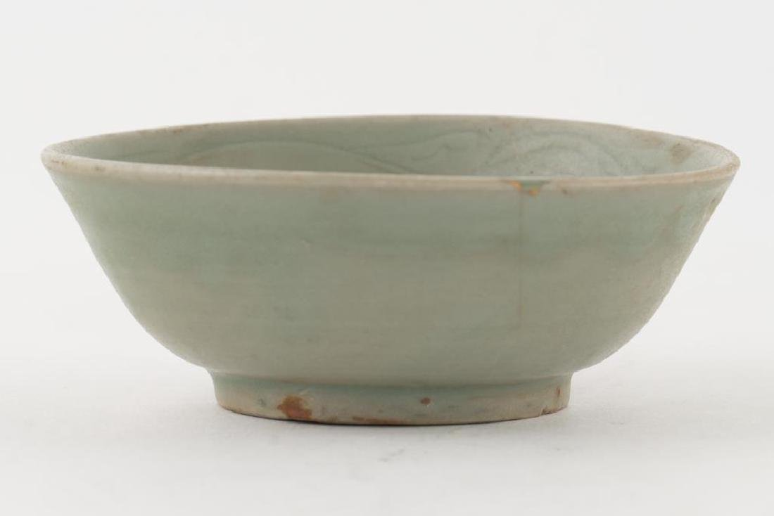 (2) EARLY CHINESE LONGQUAN CELEDON BOWLS - 6