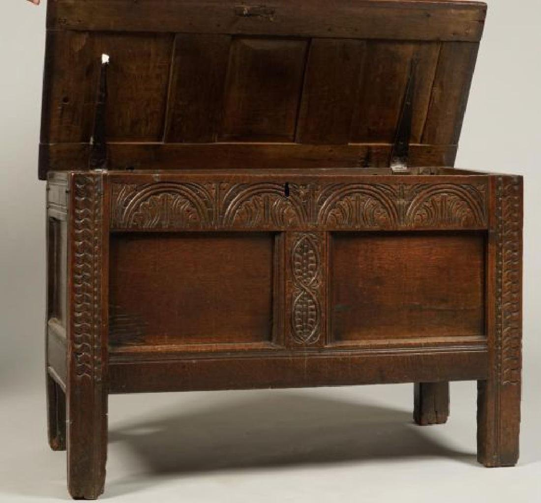 (17th c) JOINED OAK BLANKET CHEST - 5