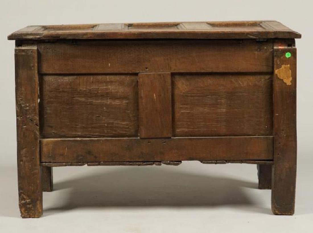 (17th c) JOINED OAK BLANKET CHEST - 6