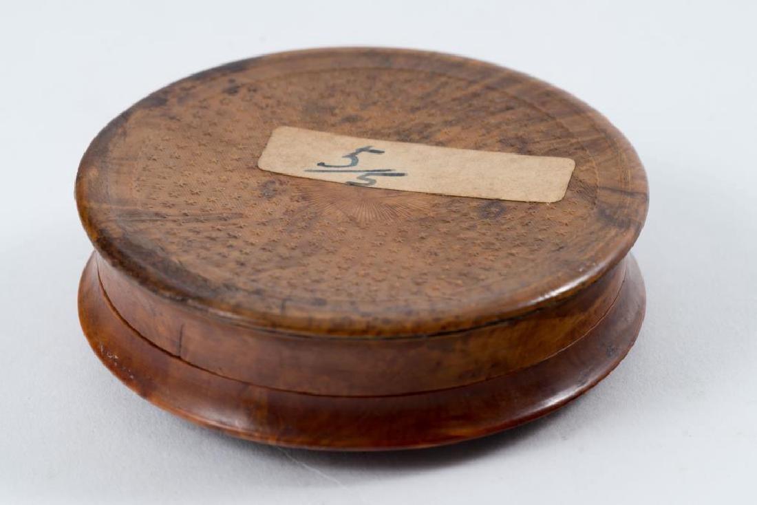 NAPOLEONIC PERIOD SNUFF BOX with HIDDEN RELIEF - 5