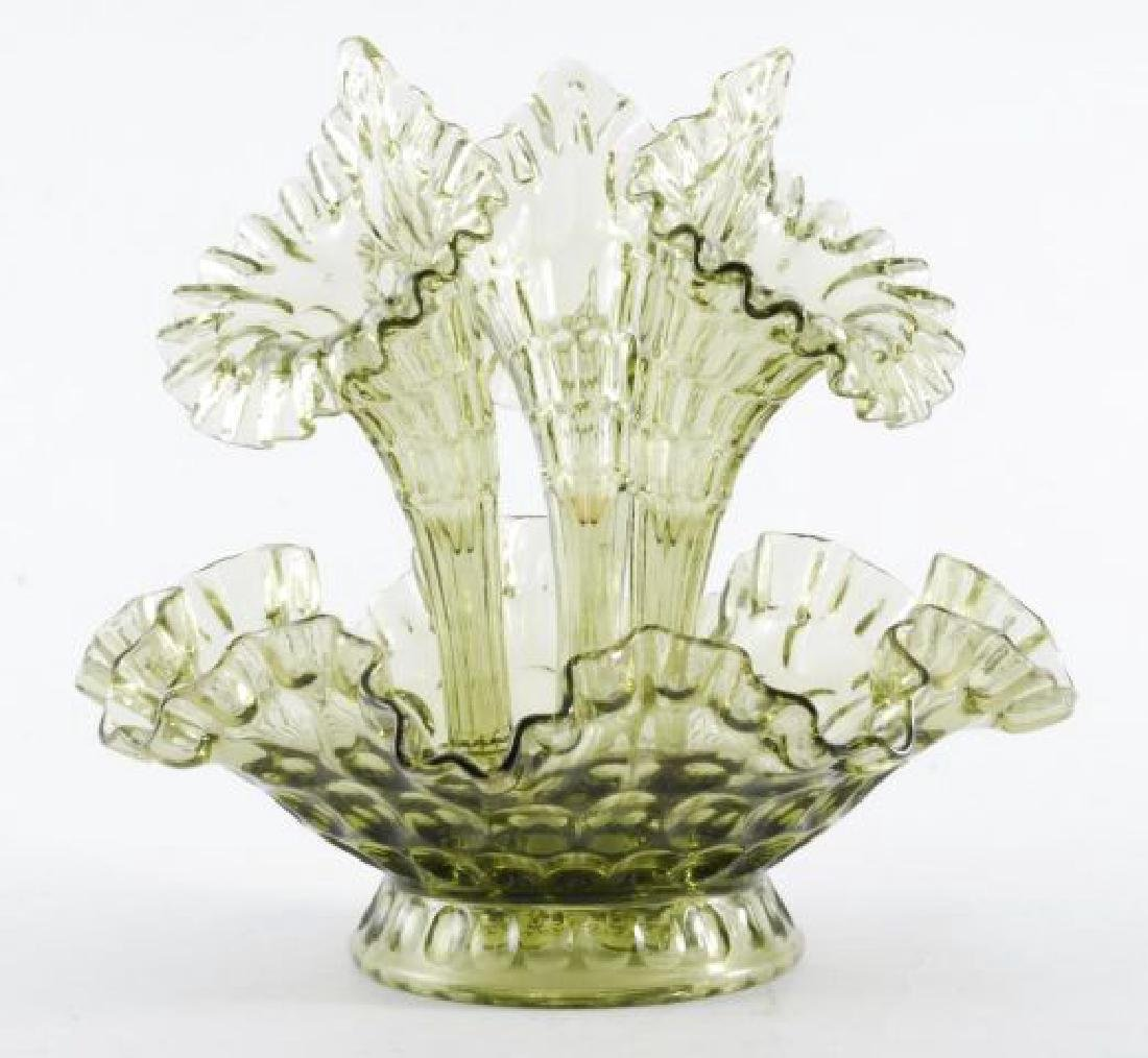 COLLECTION OF VINTAGE DECORATIVE GLASS  ITEMS - 2