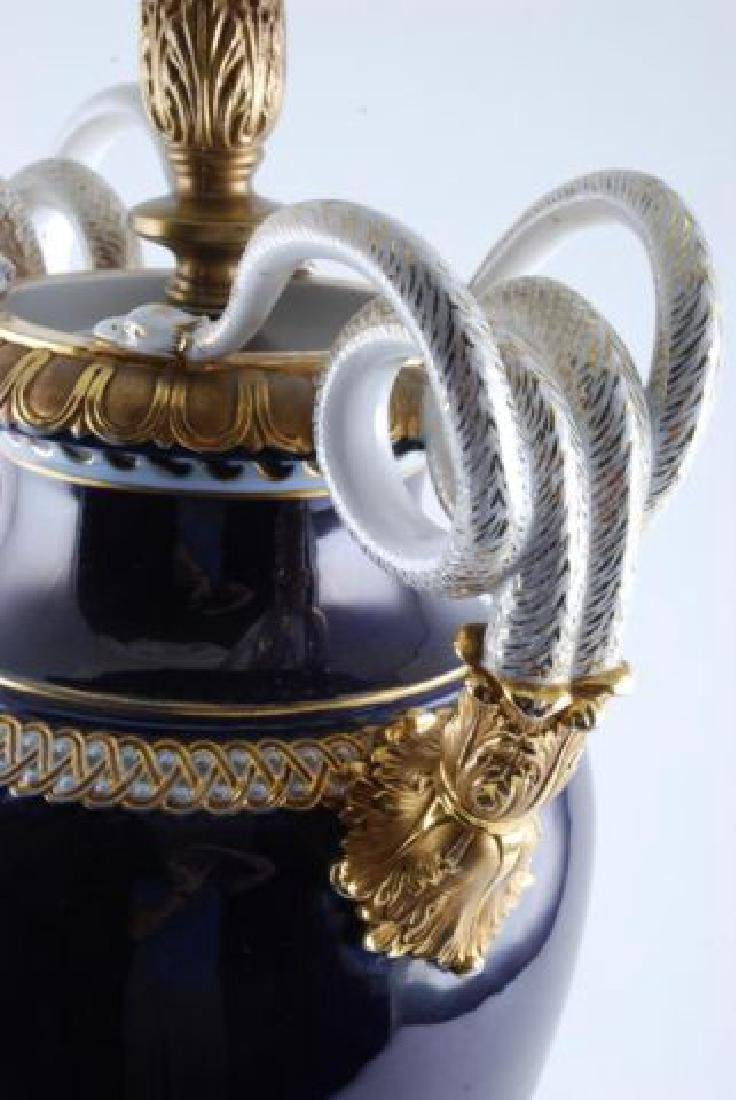 MEISSEN PORCELAIN URN FITTED for a TABLE LAMP - 3