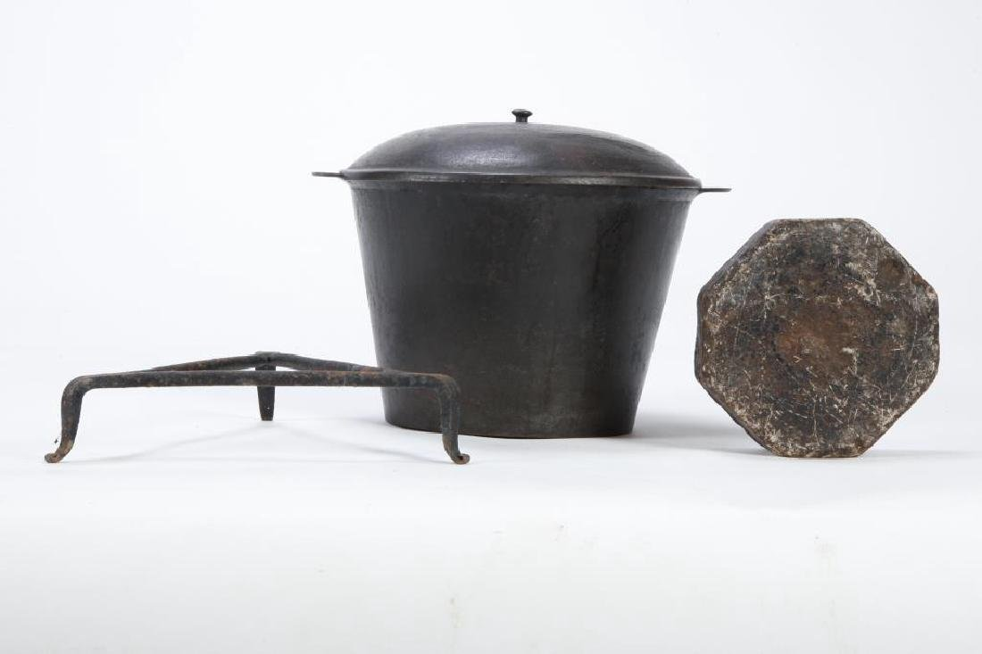 CAST IRON KETTLE with COVER, TRIVET and SOAPSTONE - 4