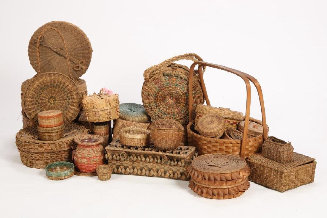 LARGE COLLECTION OF NATIVE AMERICAN BASKETS ETC - 2