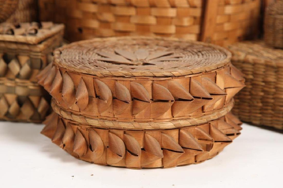 LARGE COLLECTION OF NATIVE AMERICAN BASKETS ETC - 3