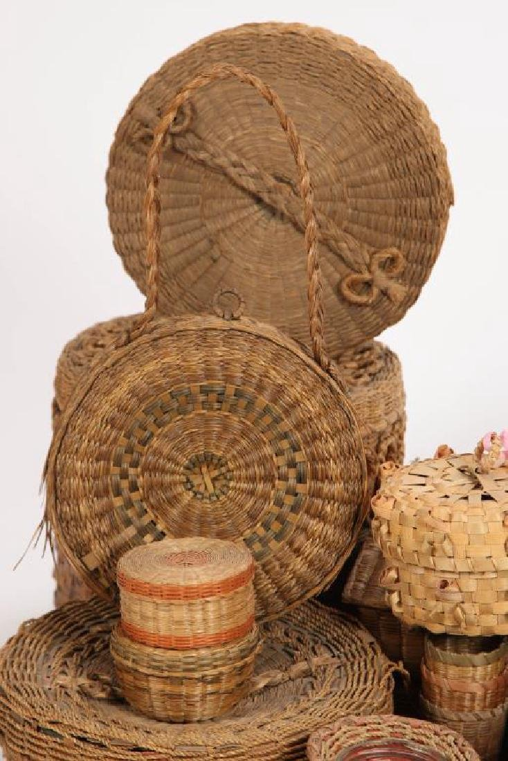 LARGE COLLECTION OF NATIVE AMERICAN BASKETS ETC - 4
