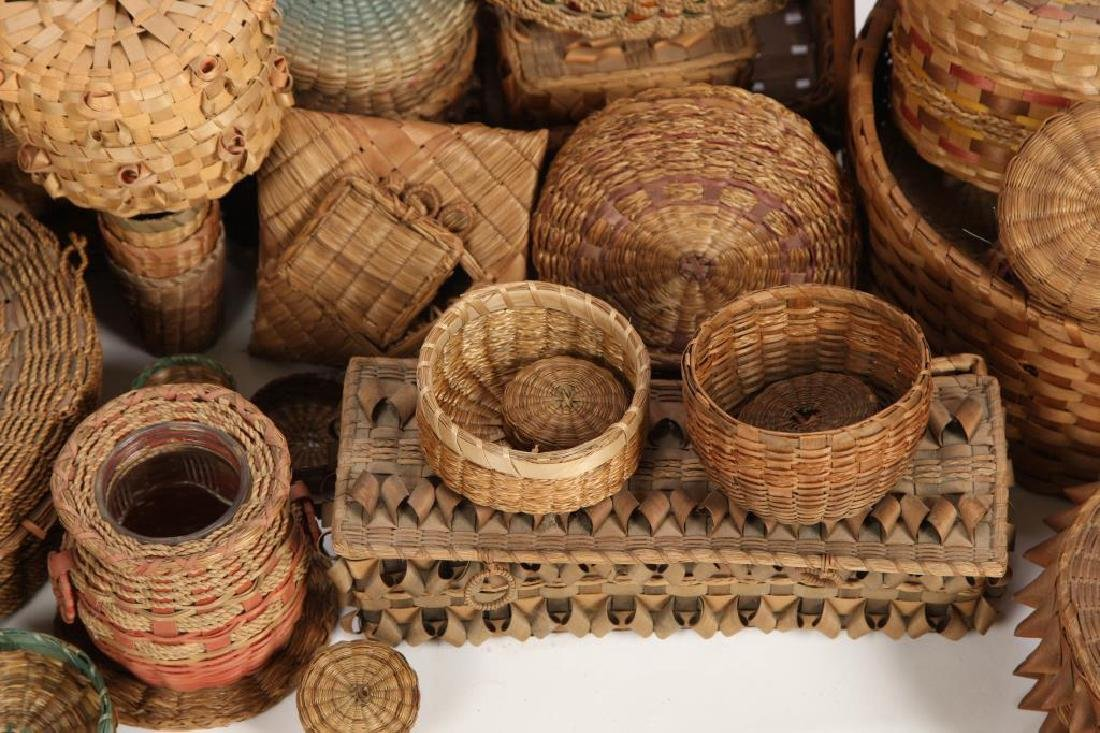 LARGE COLLECTION OF NATIVE AMERICAN BASKETS ETC - 5